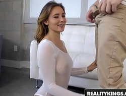 RealityKings - Monster Curves - Bea Wolf Jessy Jones - Back It Up Bea