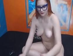 hot Babe Masturbate her Pussy -on bigbuttscam.com