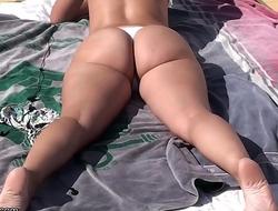 MILF sexy body or Teen sexy body ?