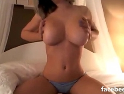 Slut amy squirting on live webcam Part 1 - sex-tube-online.com
